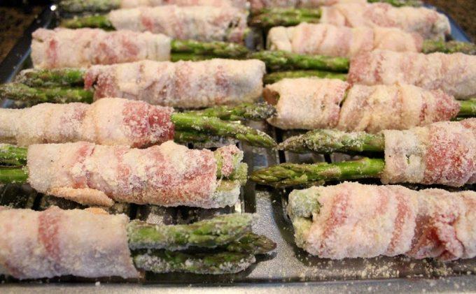 Bacon-Parmesan-Asparagus-Bundles-006