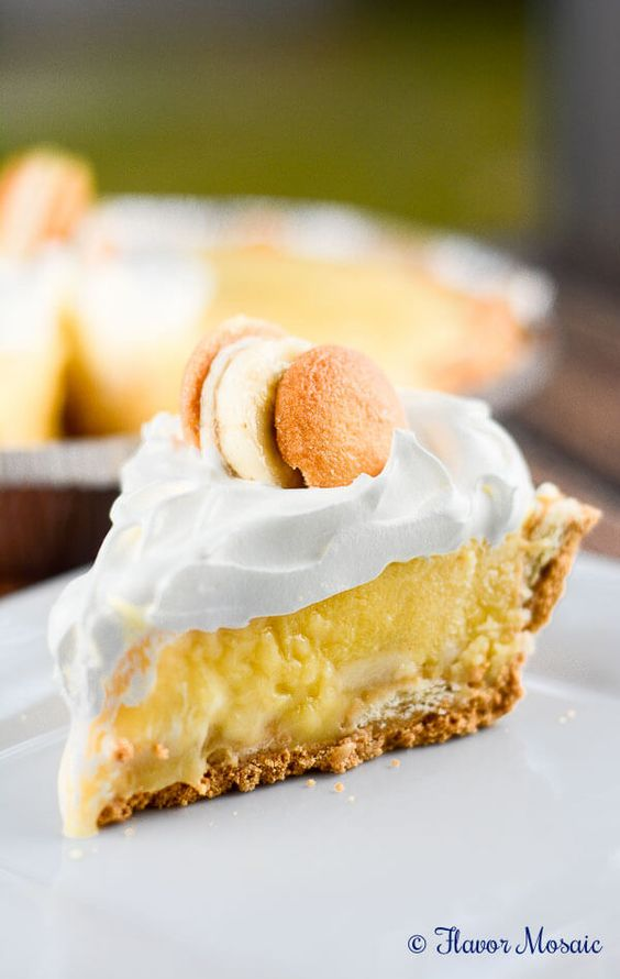 No Bake Banana Pudding Cream Pie