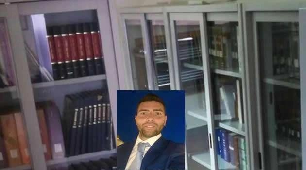 Comune di Melito senza fondi, vicesindaco Mottola dona 100 libri alla biblioteca