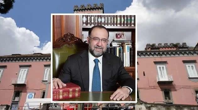 Sant'Antimo - casa comunale e il sindaco Aurelio Russo