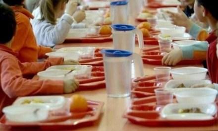"""Melito. Polemica sulla mensa scolastica, opposizione critica. Dal Comune: """"Al via il 12 novembre"""""""