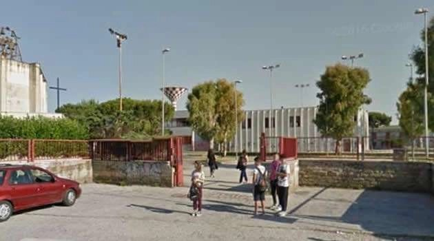 Melito, Carabinieri in visita alla Sibilla Aleramo: l'incolumità dei ragazzi prima di tutto