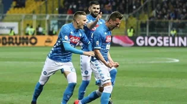 Il Napoli torna alla vittoria anche in campionato: al Tardini è 4-0