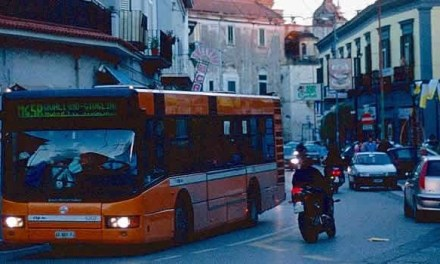 Melito. Autobus, chi li vede più? Il disagio continuo di chi usa i mezzi pubblici