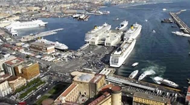 La nuova stazione marittima di Napoli