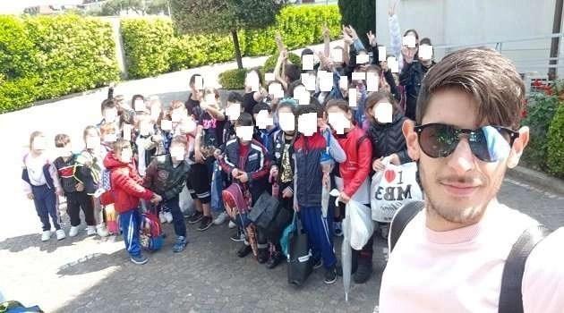 """Melito. Napoli raccontata dagli alunni de """"la Montalcini"""""""