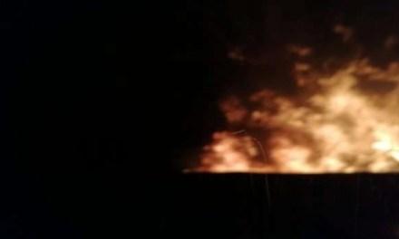 Incendio al campo rom sulla circumvallazione