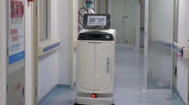 Un robot sanificatore negli ospedali