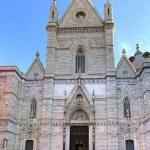 Occupato il Duomo di Napoli in segno di protesta