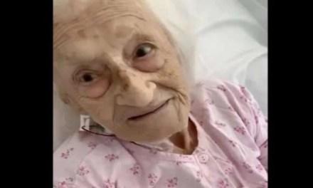 Liana a 99 anni sconfigge il Covid, felicità a Napoli