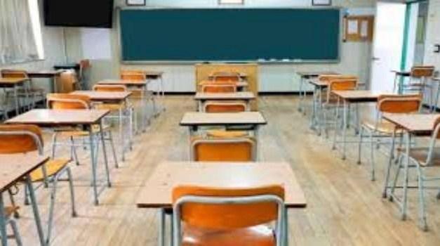 Villaricca, scuole chiuse per 15 giorni