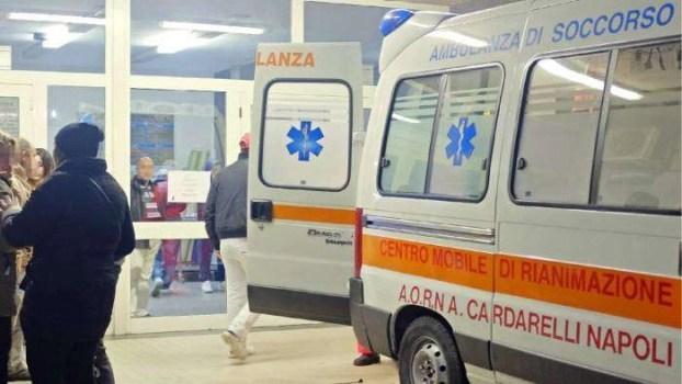 Cronaca, Napoli: 28enne ucciso nella notte