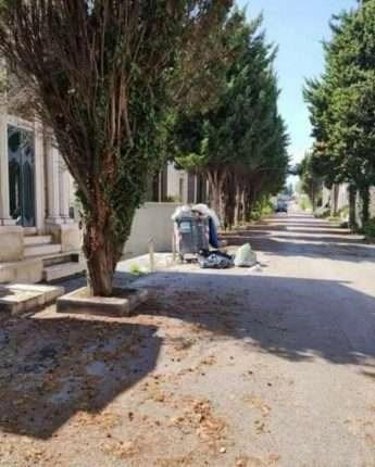 Coronavirus, Napoli: cimiteri vuoti per paura del virus