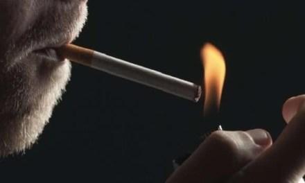 Cronaca, Pozzuoli. Acceca uomo per una sigaretta: arrestato