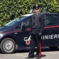 Napoli, cronaca Melito, non si ferma all'alt dei carabinieri