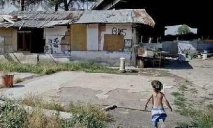 Napoli, cronaca. Secondigliano, 11 bimbi positivi nel campo rom