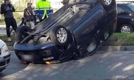 Gravissimo incidente a Giugliano: due auto ribaltate