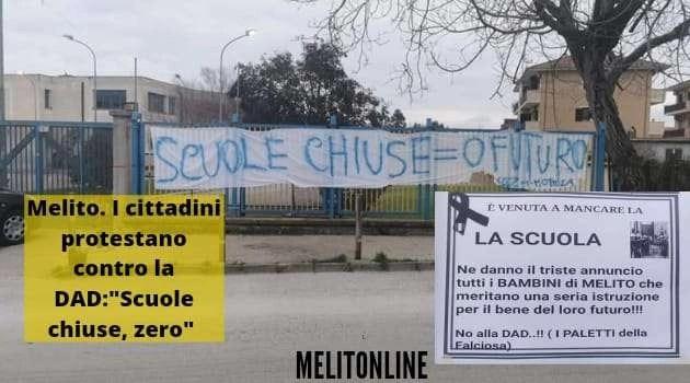 """Melito. I cittadini protestano contro la DAD: """"scuole chiuse, zero futuro"""""""