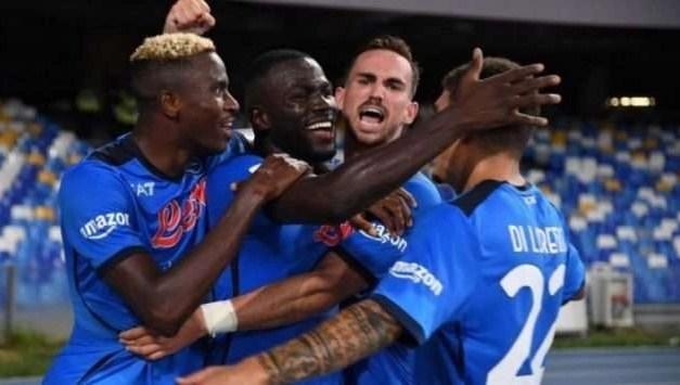 Napoli a punteggio pieno: dopo Venezia e Genoa, battuta anche la Juventus 2 a 1