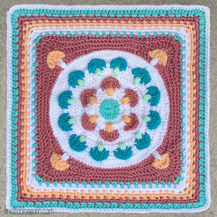 Crochet in pink and blue: Away with the Fairies Crochet Square - mellieblossom.com