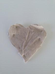 corazon alfileres movil rustico