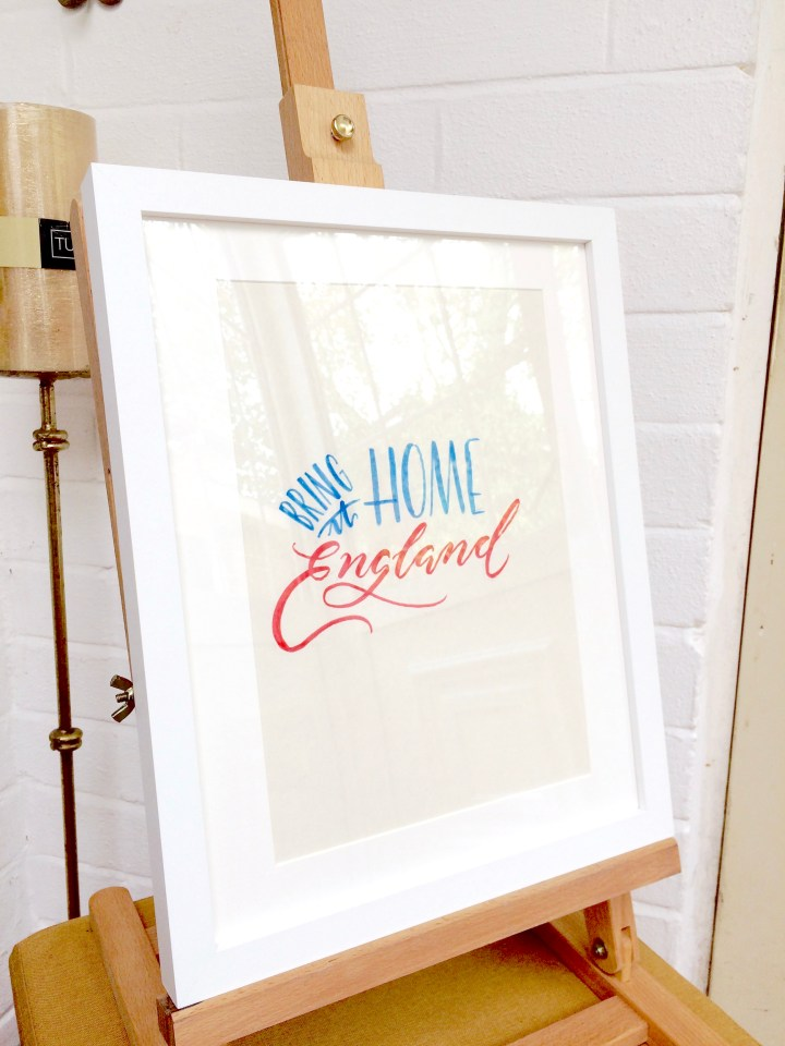 Hand lettering Artist & Calligraphy Artist Polly Mellor of Mellor and Rose