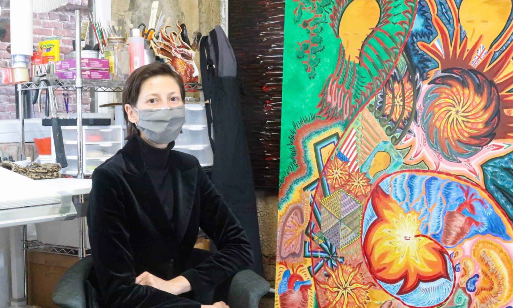 Uhma Janus with painting