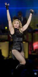 Le foto di Madonna durante lo Sticky and Sweet tour di Milano - 13