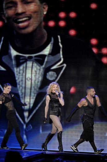 Le foto di Madonna durante lo Sticky and Sweet tour di Milano - 4
