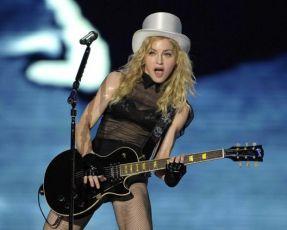 Le foto di Madonna durante lo Sticky and Sweet tour di Milano - 1