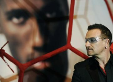 Bono e Drogba 2