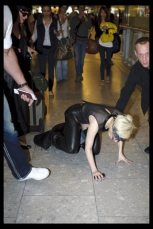 Lady GaGa atterra a Heathrow 3