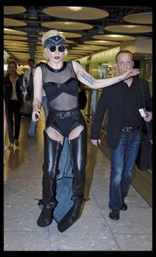 Lady GaGa atterra a Heathrow 5