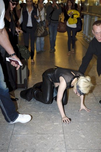 Lady GaGa atterra a Heathrow 14