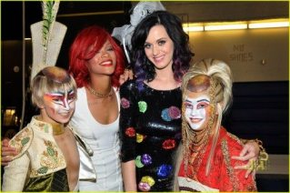 Rihanna e Katy Perry 10