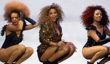 Beyoncé - Performance