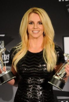 Britney Spears premiata ai VMA 2011