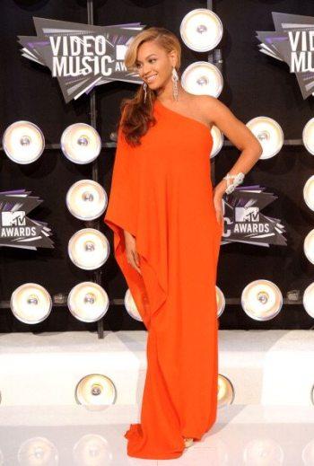 2011 MTV Video Music Awards - Arrivals