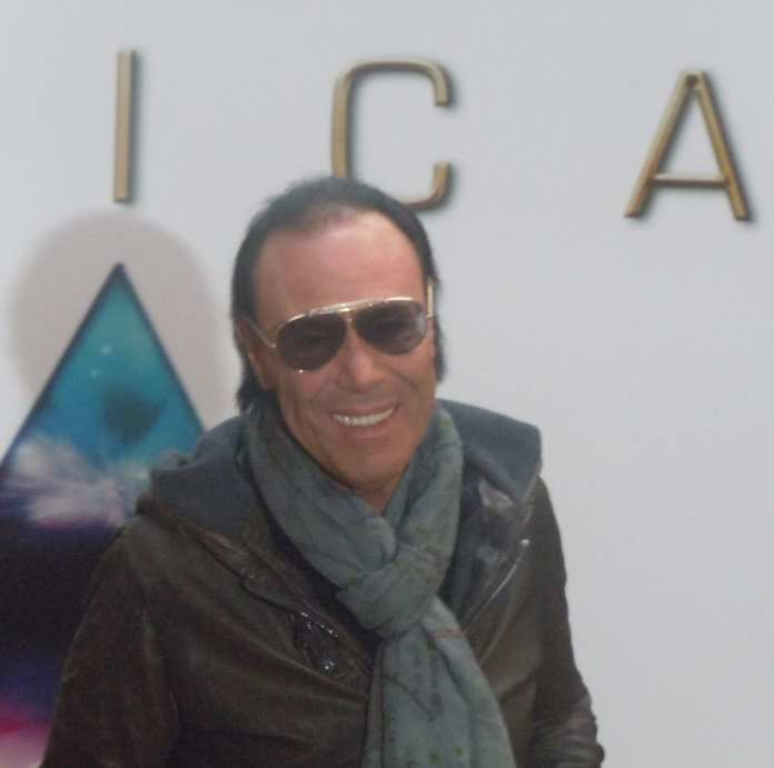 Antonello Venditti premiato ai Wind Music Awards. A Luglio in concerto all'Arena di Verona