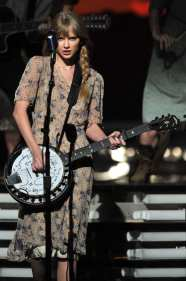 Taylor Swift Performance | © Kevin Winter /Getty Images