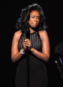 Jennifer Hudson omaggia Whitney Houston | © Kevin Winter /Getty Images