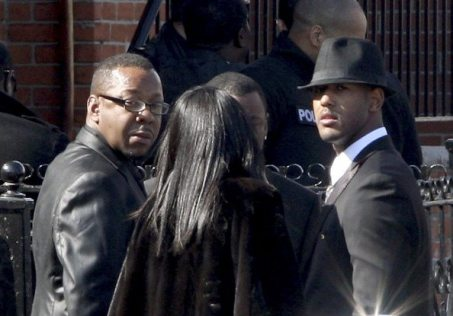 Bobby Brown ai funerali di Whitney Houston | © Bennett Raglin/Getty Images