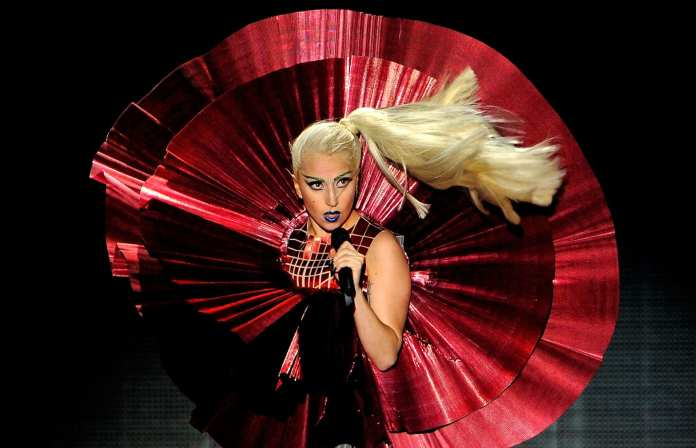 Lady Gaga, nuovo record su Twitter: 20 milioni di followers