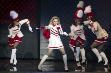 Madonna sul palco del MDNA Tour 2012 | © JACK GUEZ/AFP/GettyImages