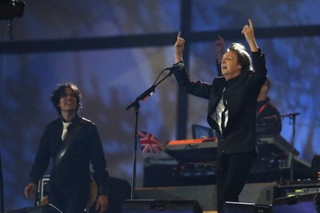 Sir Paul McCartney sul palco | © MATT DUNHAM/AFP/GettyImages