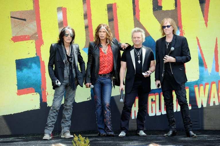 "Aerosmith, ""Legendary Child"" e ""Lover Alot"" singoli da ""Music from another Dimension"""