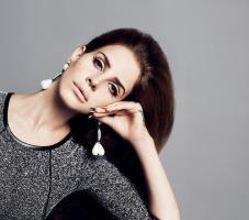 Lana Del Rey seducente per H&M