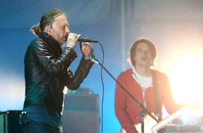 """I Radiohead a Roma dedicano """"The Daily Mail"""" a Silvio Berlusconi"""