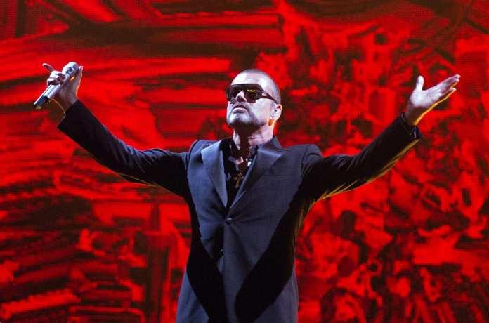 George Michael cancella il tour australiano a causa dell'ansia