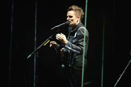 Matt Bellamy - Muse live EMA's 2012 | © Ian Gavan/Getty Images for MTV